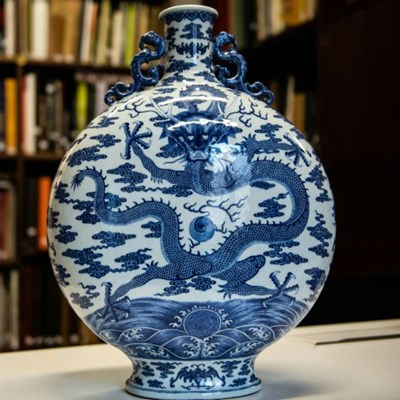 18th century Chinese gourd sells for $4.6 million at auction