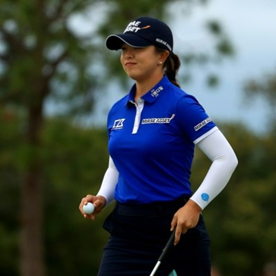 Kim uses late birdie run to open up five shot lead LPGA lead
