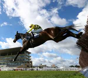 English seek Grand National glory to stem Irish domination