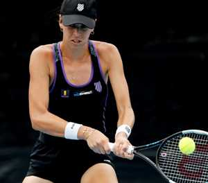 Tomljanovic downs local favorite Rogers at Charleston tennis event