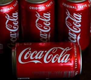 Coca-Cola shares rise as it reports jump in 4Q profits
