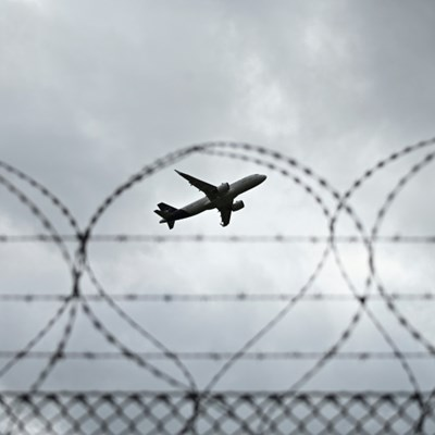 Airlines improvise gradual liftoff as lockdowns ease