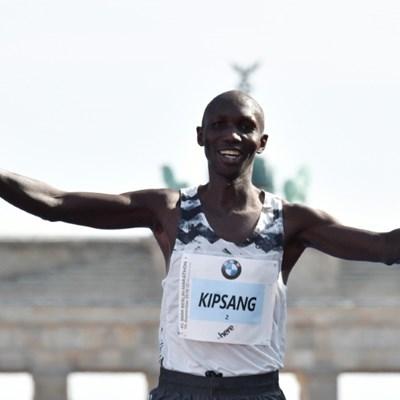 Kenya marathon star Kipsang held for breaking virus curfew