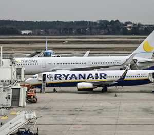 Italy threatens to ban Ryanair over coronavirus rule-breaking