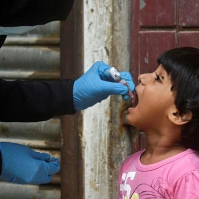 Pakistan resumes polio campaign after coronavirus pause