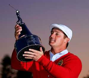 DeChambeau, inspired by Tiger, edges Westwood to win Bay Hill