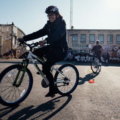 Bike riding courses offer Finland's immigrants new freedom