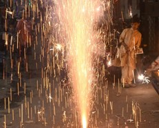 Delhi gasps for breath after Diwali firework frenzy