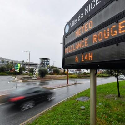 PSG's game at Monaco falls victim to storm alert