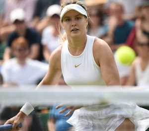 Bouchard battles past Bacsinszky in Gstaad opener