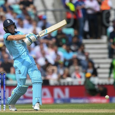 England's Buttler 'responding well' after World Cup hip injury