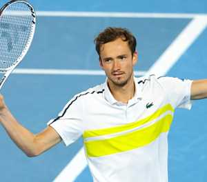 Big Three are 'cyborgs of tennis', says beaten Medvedev
