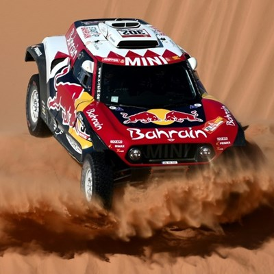 Peterhansel edges Al-Attiyah in Dakar stage 9