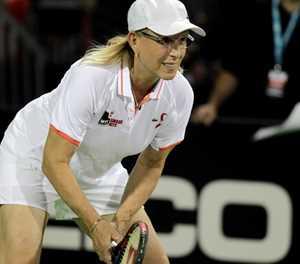 Navratilova sorry for transgender 'cheat' claim