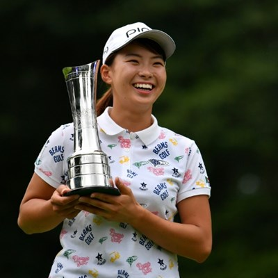 'A star is born!' Golf-mad Japan salutes 'Smiling Cinderella'
