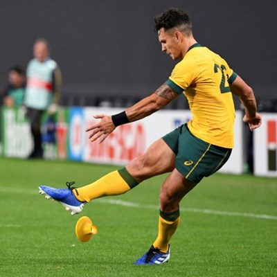 Aussie To'omua takes pot shots at England ahead of showdown