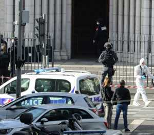 Knifeman kills three at French church