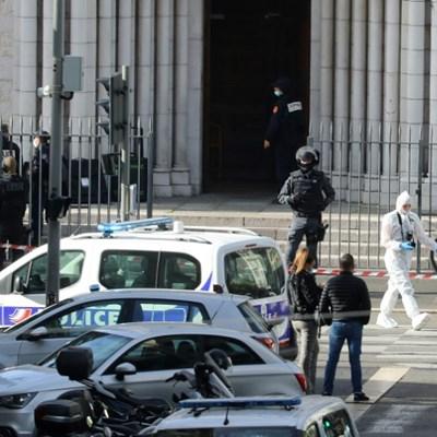 Knifeman kills three at French church