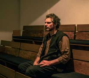 Virus hogs centre stage as Greece's theatres wait in the wings