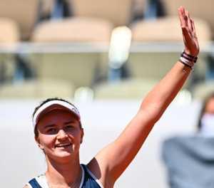 French Open quarter-finalist Krejcikova 'locked herself away, cried' before match