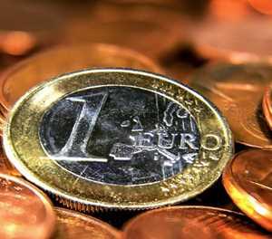 EU ministers collide over mini eurozone budget