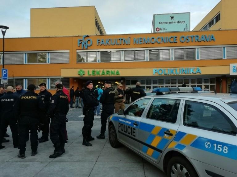Six dead in gun rampage at Czech hospital