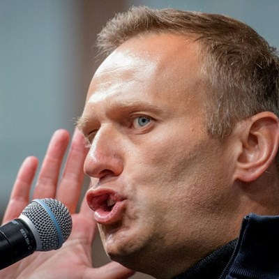 Kremlin critic Navalny in intensive care after 'poisoning'