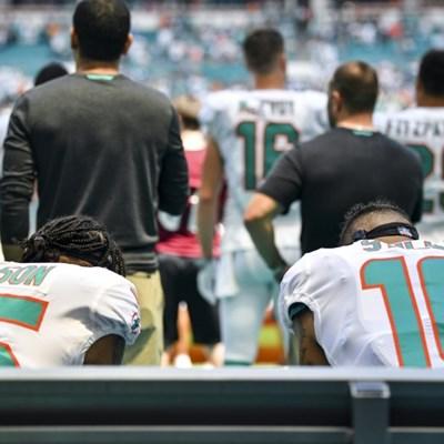 NFL kneeling protests resume as Trump warns of ratings fall