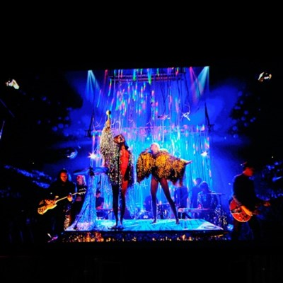 Miley Cyrus has Flaming Lips seeing yellow