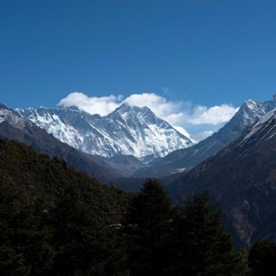 Everest 'icefall doctors' prepare for new season
