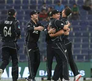 Taylor, Latham lift New Zealand to 266-9 against Pakistan