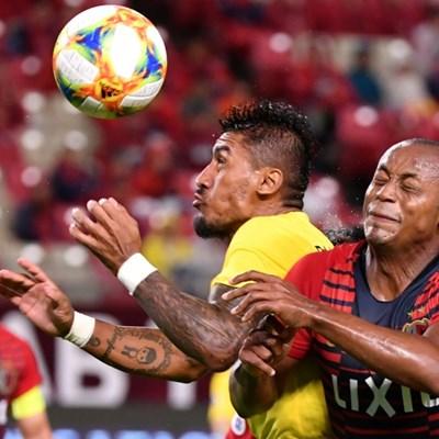 Benitez, Paulinho back to China and into coronavirus quarantine