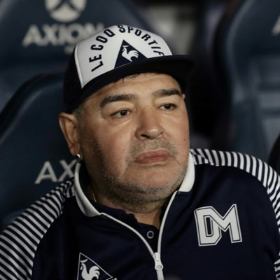 Maradona's doctor, six others, to be questioned in his death