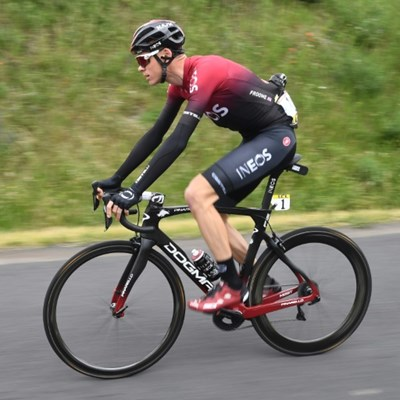 Froome out of Criterium after training fall