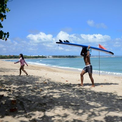 Bali bans foreign tourists for rest of 2020 over virus