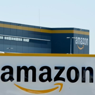Amazon may buy robo-taxi startup Zoox: WSJ