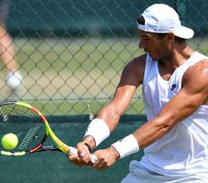 Nadal, Djokovic, Sharapova lead champion parade at Wimbledon