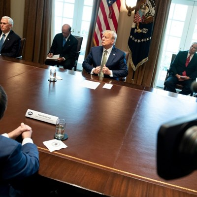 White House, Fed rolling out big plans to save US economy