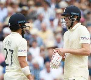 England deny New Zealand an early breakthrough in second Test
