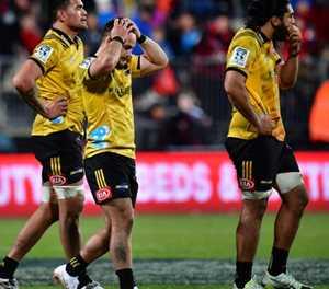 'Massive concern' as Kiwi Fatialofa suffers neck injury