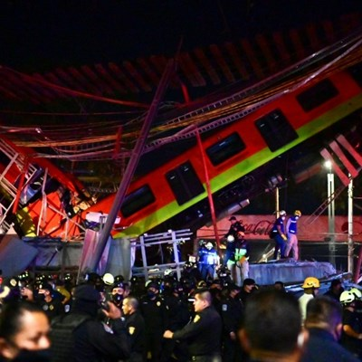 15 dead, dozens hurt as elevated metro collapses in Mexico
