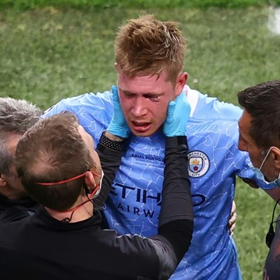De Bruyne faces race to make Euro after facial fractures