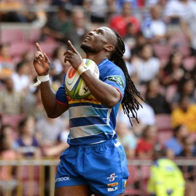 Speedster Senatla strikes as Stormers top Super Rugby table