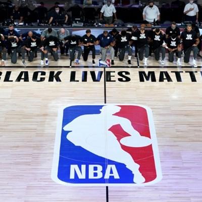 Players kneel as NBA restarts in Florida 'bubble'