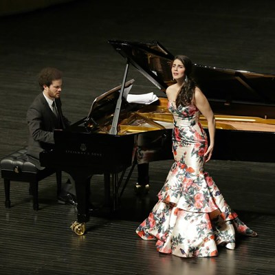 World-class soprano and pianist to perform