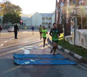 Athletes run for Madiba's birthday
