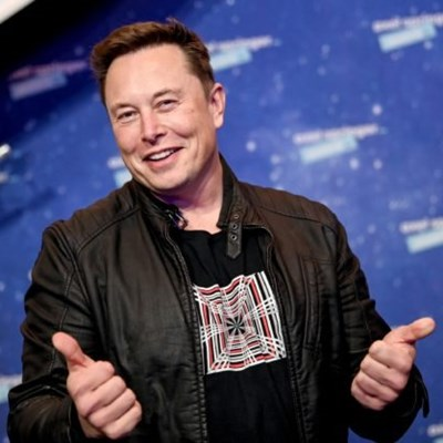 Elon Musk makes R383 billion in a day