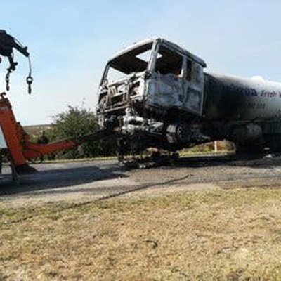 Suspects with face masks torch water truck in the Eastern Cape
