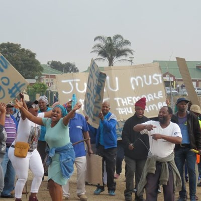 Thembalethu residents march