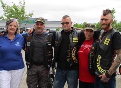 Motorfietsryers met groot harte